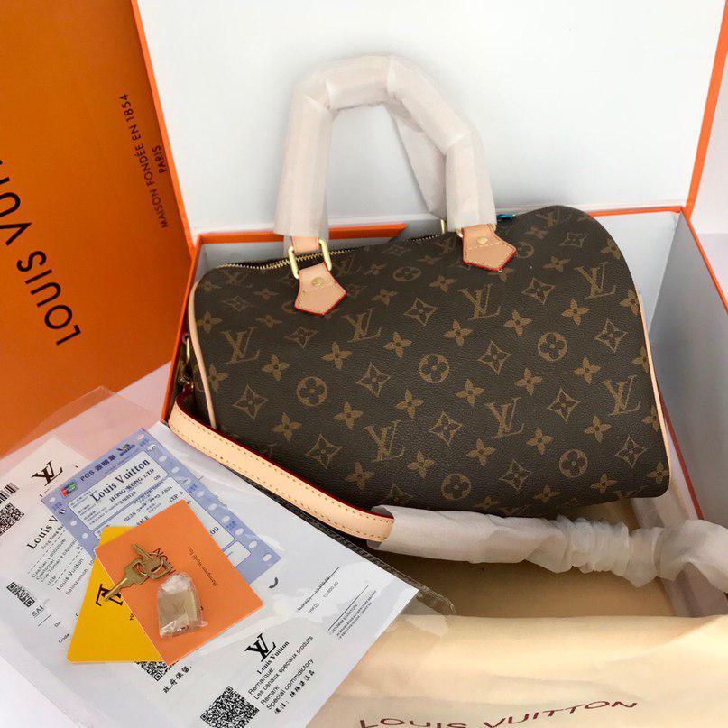 c1b3347efb5b Сумка Louis Vuitton Луи Витон Speedy, 30 см, канва Monogram, кожаная  реплика -