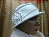 Шляпы RABIONEK из мягкой шерсти с цветком р-р 56-57, молочный цвет, фото 1