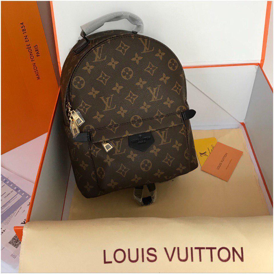 712093d082fe Рюкзак Луи Витон, Louis Vuitton канва Monogram, медиум, кожаная реплика, ...