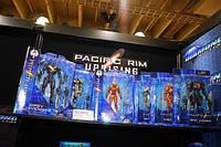 Виставка іграшок ToyFair 2018 стенди Diamond Select Toys, статуетки Marvel, DC та фігурки Pacific Rim 2