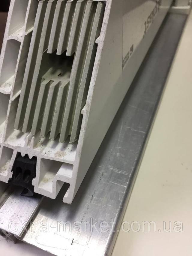 Металлопластиковые входные двери Алюпласт