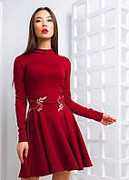 Платье пышное с вышивкой