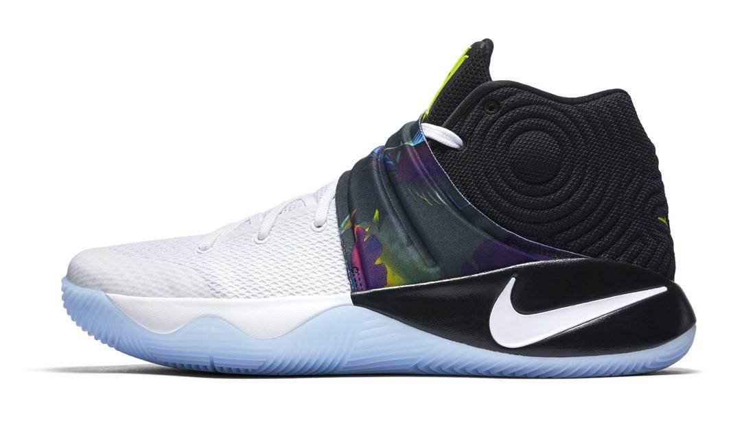 Баскетбольные кроссовки Nike Kyrie Irving 2 (Найк Кайри Ирвинг) черно-голубые