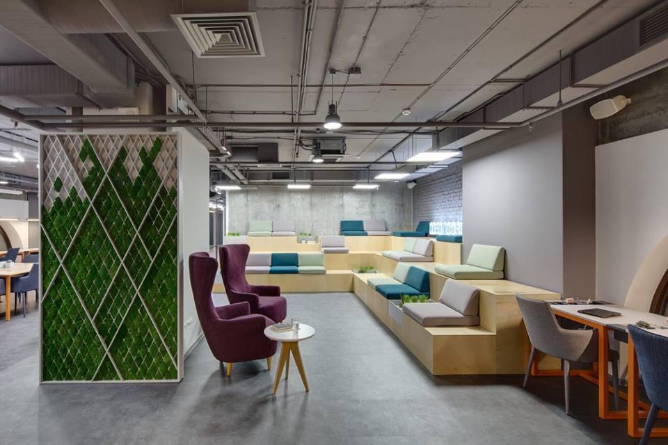 Декор интерьера мхом, стабилизированными растениями. Панели из мха
