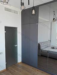 Межкомнатные стеклянные двери в стиле Хай-тек