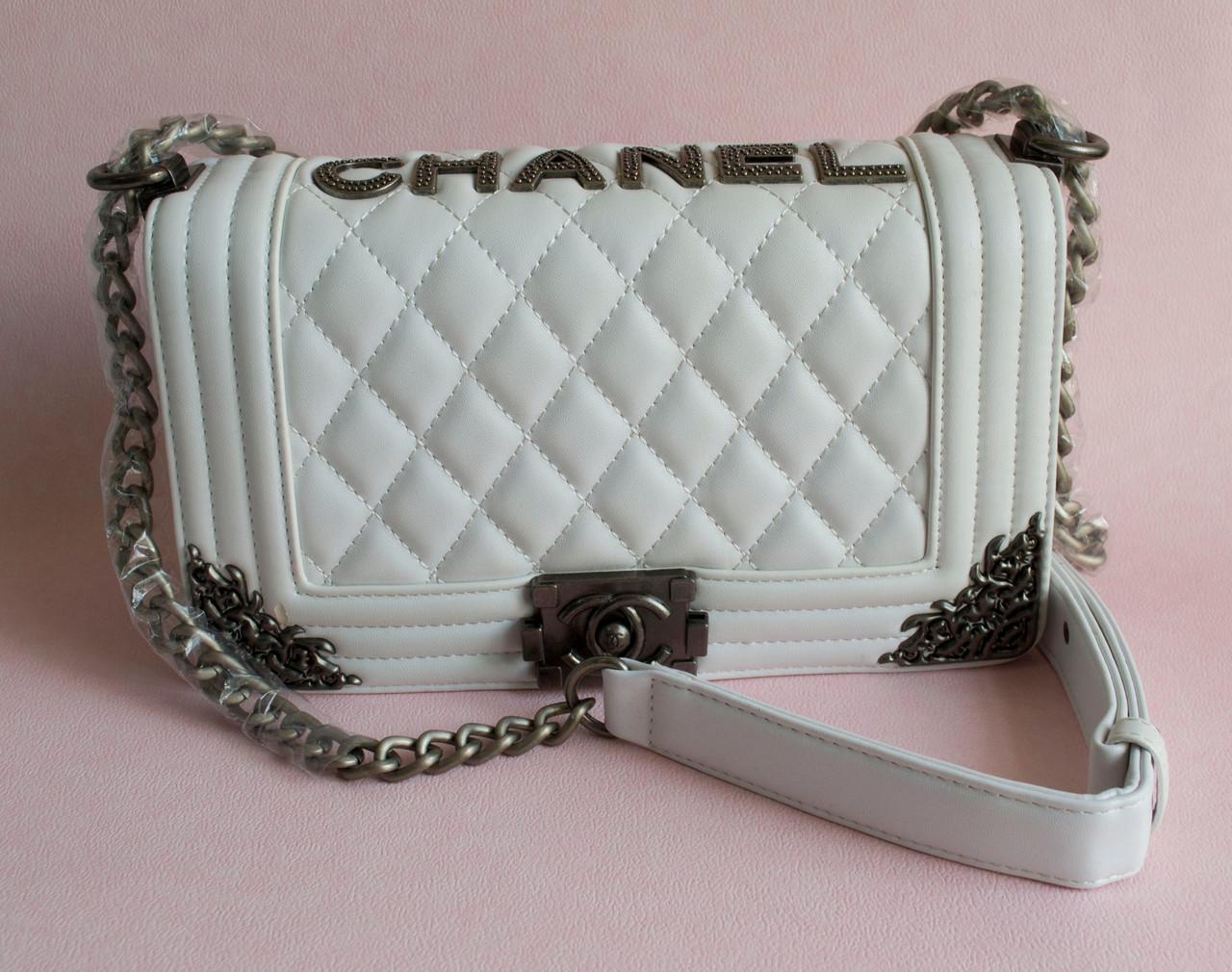 e5ba4664805b Модный клатч в стиле Chanel Boy (царапина) - Лучшие товары на каждый день  Качество