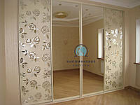 Двери в Шкаф-купе. Фасады с наполнением зеркало пескоструй, фото 1