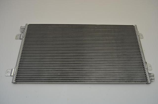 Радиатор кондиционера Renault Master/Movano 2.5D -01
