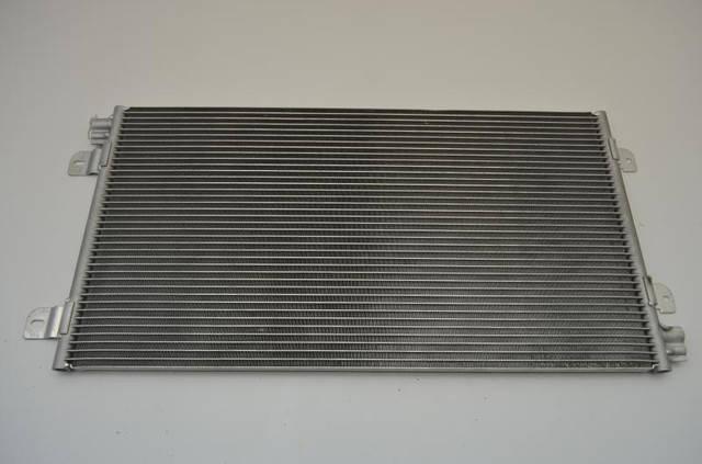 Радиатор кондиционера Renault Master/Movano 2.5D -01, фото 2