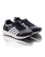 Кроссовки на шнуровке