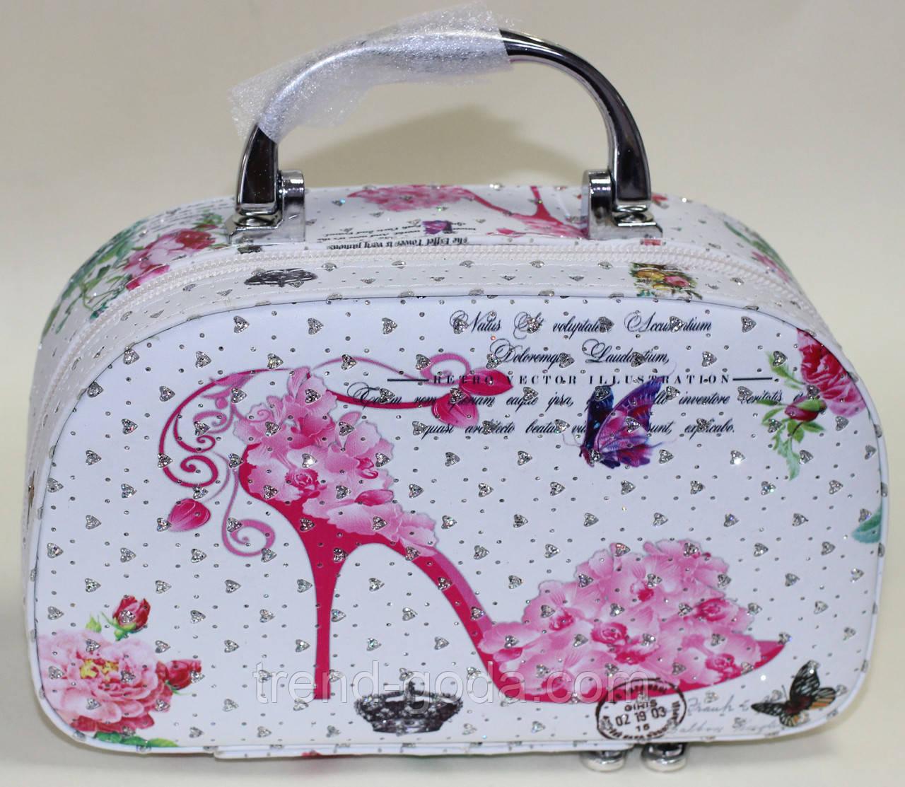 Косметичка - чемоданчик, белая, розовая туфля