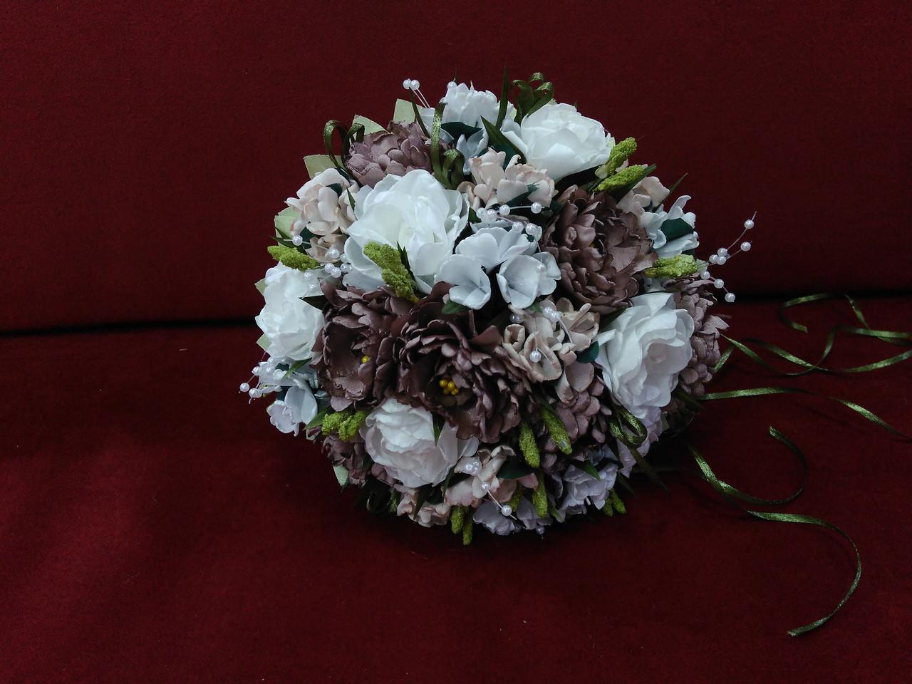 Свадебный букет-дублер из пионов в цвете айвори с мокко