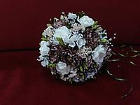 Свадебный букет-дублер из пион в цвете айвори с мокко