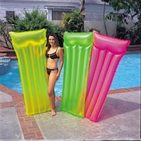 Матрац надувной цветной для купания