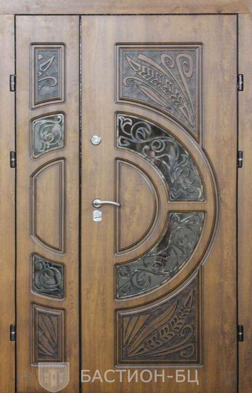 Двери входные-Премиум с витражом