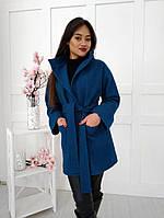 Короткое стильное шерстяное пальто на запах с двумя накладными карманами