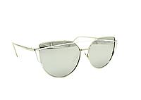 Красивые женские солнцезащитные очки