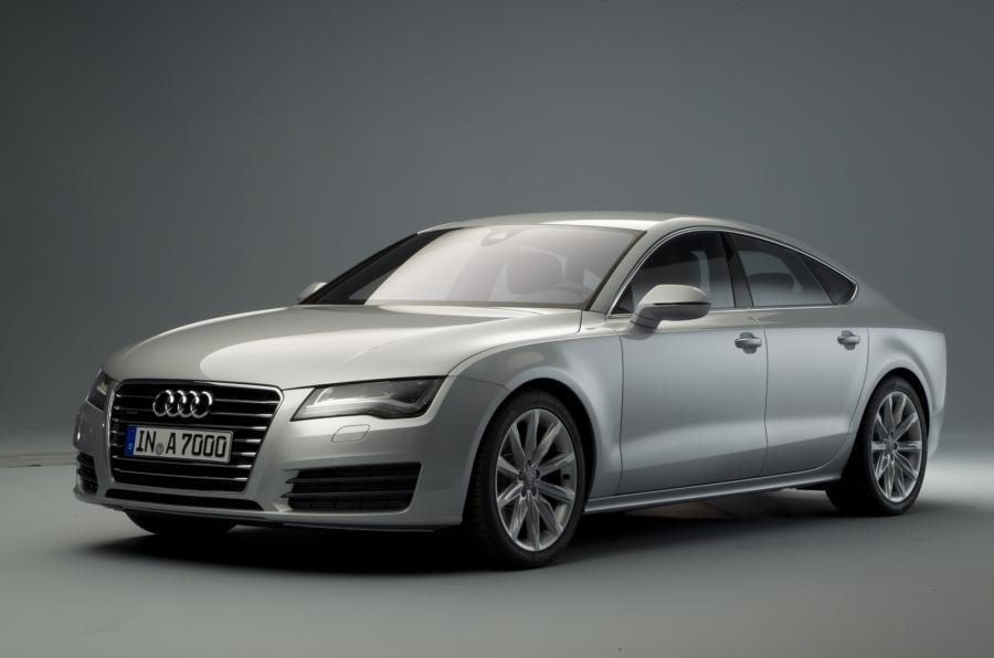Лобовое стекло Audi A7 с местом под датчик (2010-)