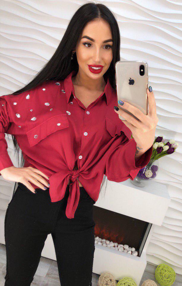 Стильна женская блуза свободного покроя