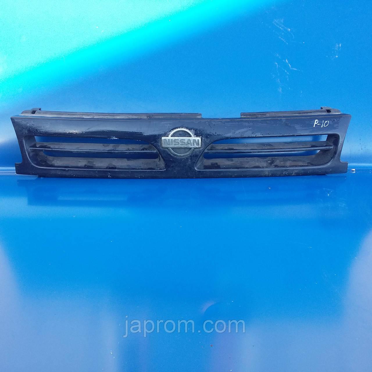 Решетка радиатора Nissan Primera 10 1990-1995г.в