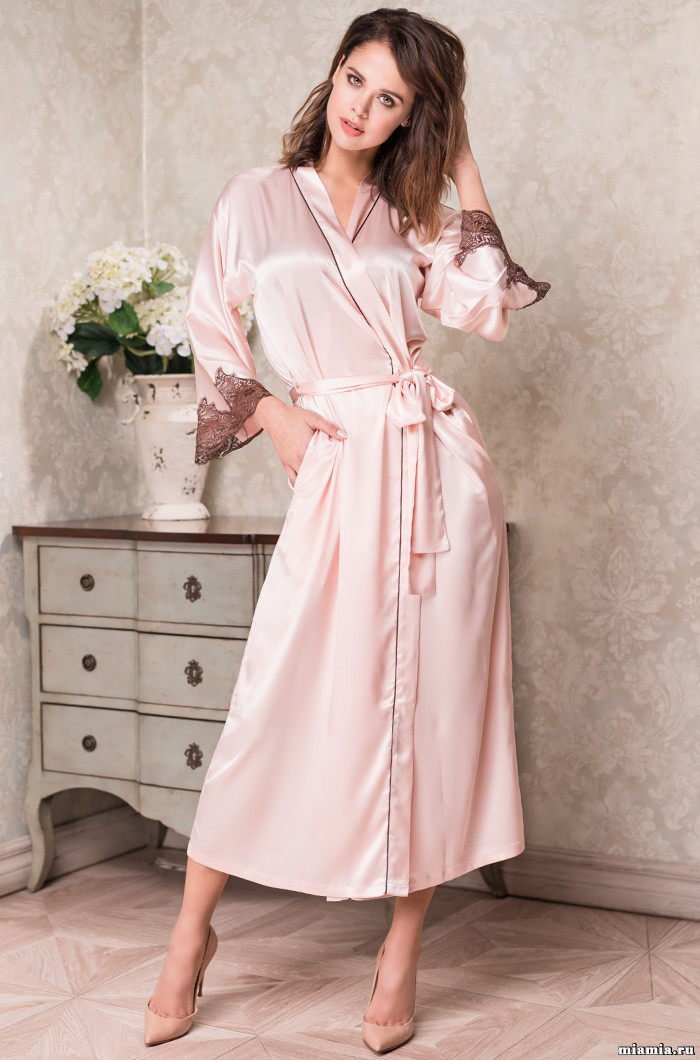 Длинный халат из натурального шелка 70%. Италия Mia-Mia Мерелин 3109