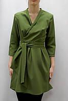 Платье на запах с поясом на талии и юбкой в складку