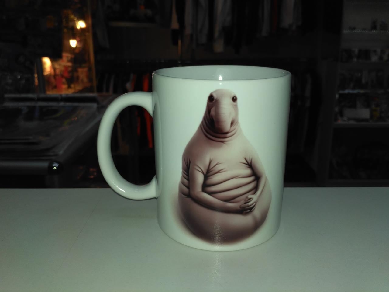 Чашка Ждун