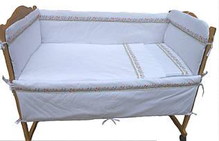 Комплект постельного в кроватку Парижаночка
