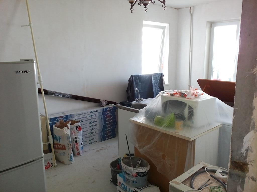 до ремонта комната