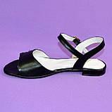 Женские кожаные черные босоножки, низкий ход., фото 2