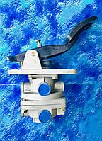 Кран тормозной 2-секционный подпедальный в сборе Камаз / 11.3514108