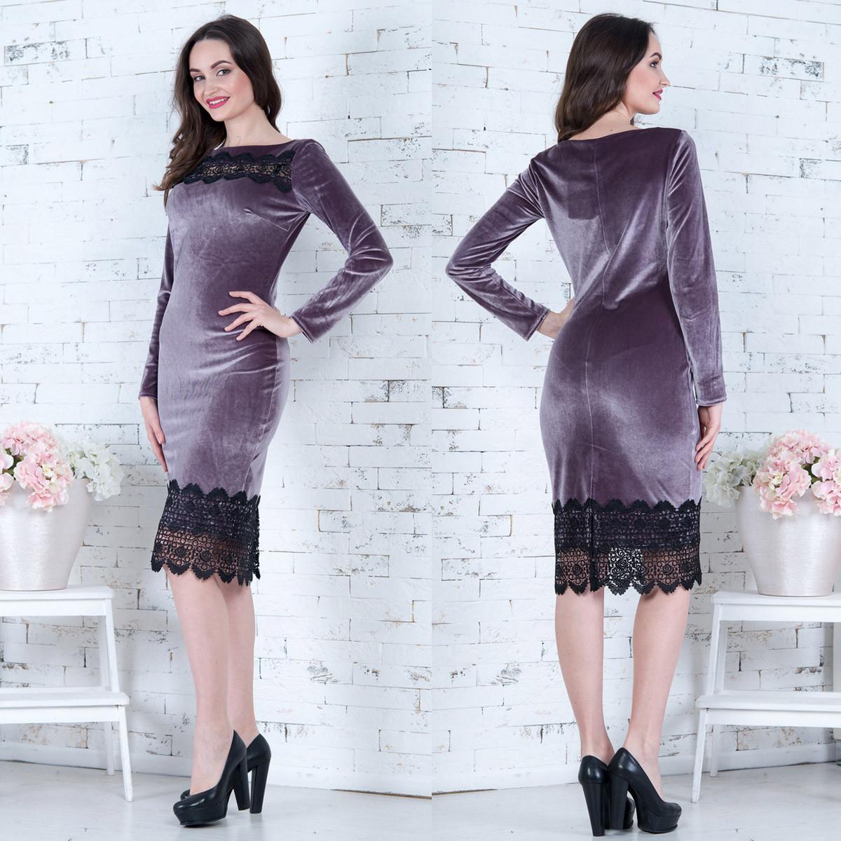 75e0a11a4ea Велюровое платье с кружевом