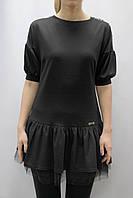 Платье с широким воланом и фатиновым подъюбником