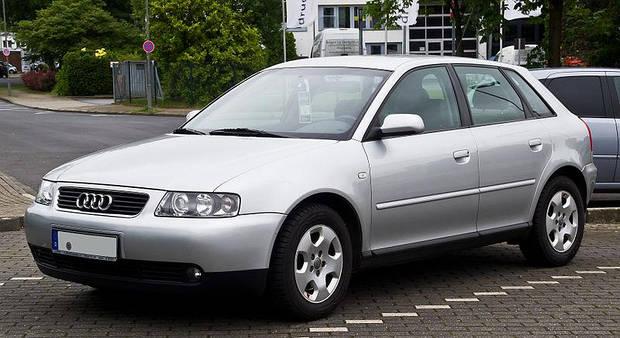 Лобовое стекло Audi  A3  (хетчбек) (1996-2002)
