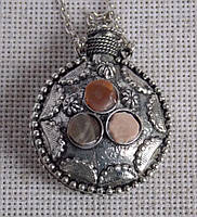 Аромакулон №1 металлический с натуральными камнями. Кулон с сердоликом