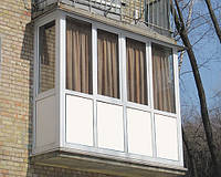 Французские балконы или французское остекление балкона.