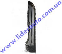 Накладка передней стойки ВАЗ 2105 правая  2105-5401180