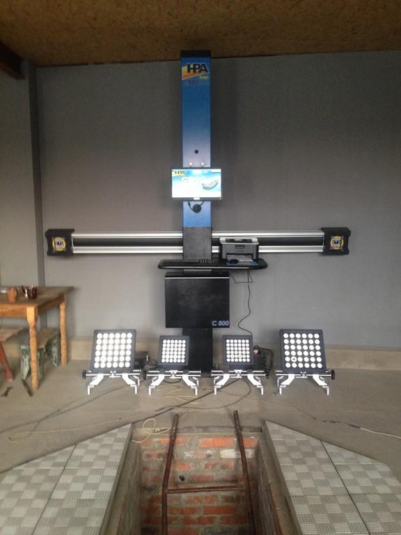 Установка стенда развал-схождения С800 HPA 3D в яму в Щорсе