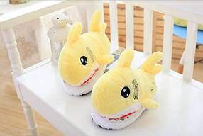 Тапочки игрушки для дома Акулы желтые