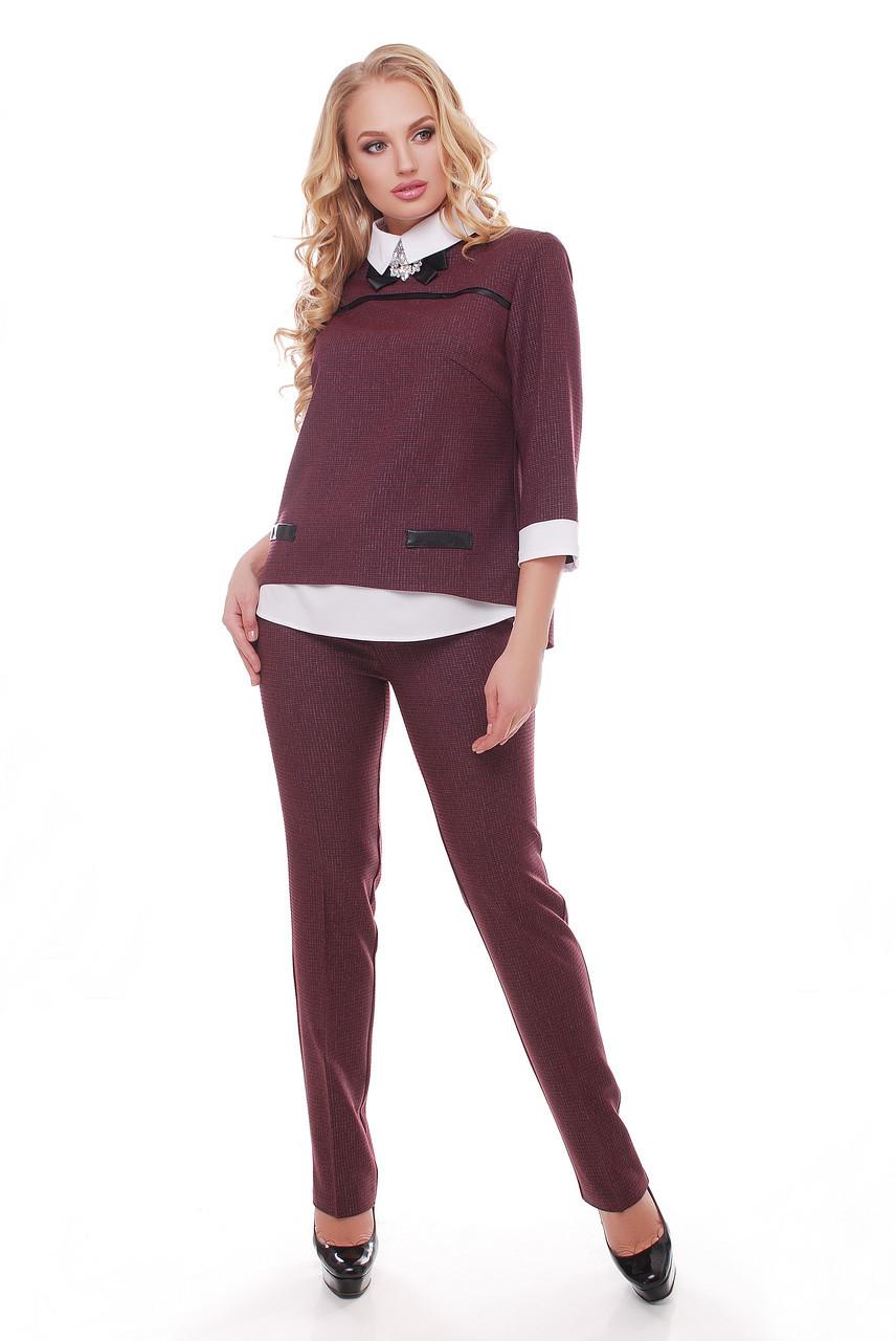 c141cf13b5b Бордовый костюм в клетку блуза и брюки Дуэт - V Mode