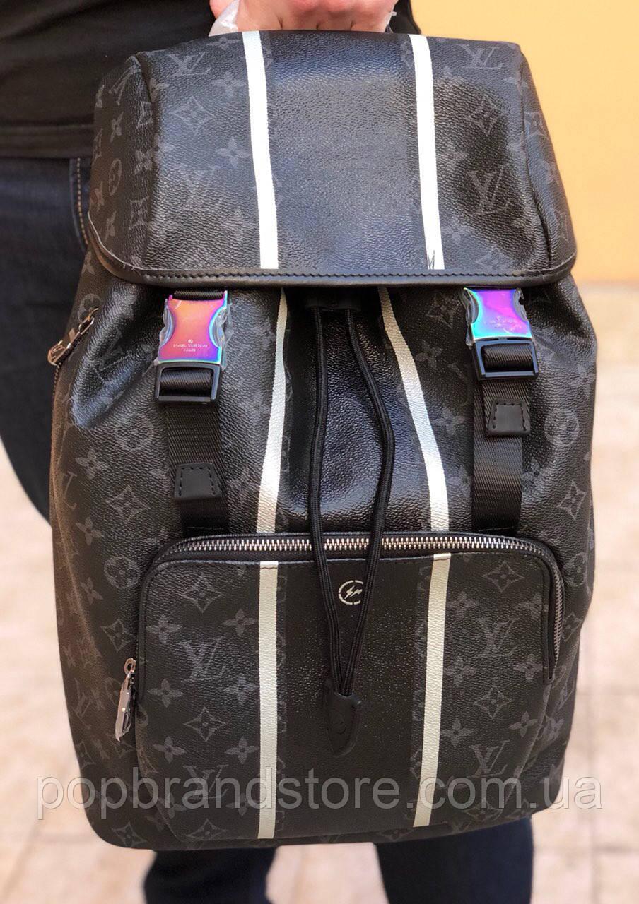 e5100307e04f Крутой мужской рюкзак Louis Vuitton (реплика) - Pop Brand Store | брендовые  сумки