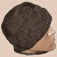 Мужская вязаная шапка с козырьком на подкладке шикарного коричневого цвета