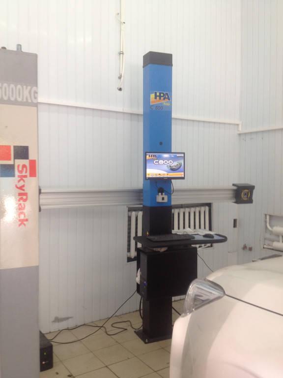 Установка стенда развал-схождения 3 D С800 HPA LIFT в паре с четырехстоечным подъемником в Киеве , Глыбочинская 44, СТО Масленка