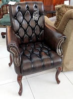 Кресло для руководителя в классическом стиле  VC152