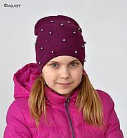 Вязанная весенняя шапка для девочки украшена бусинами, фото 1