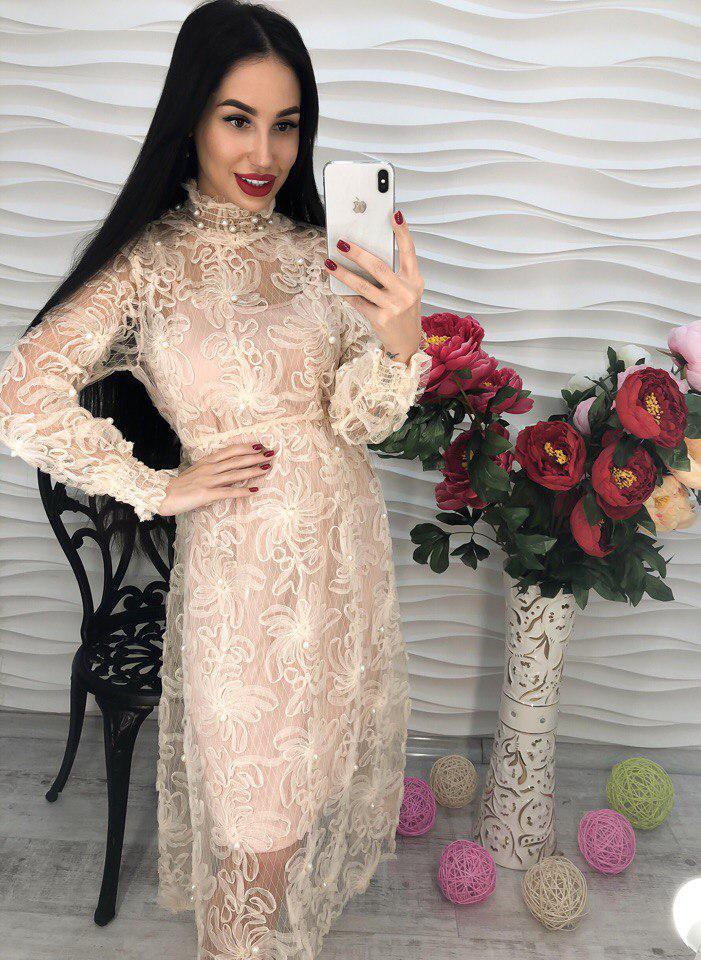 Нежное воздушное элегантное платье