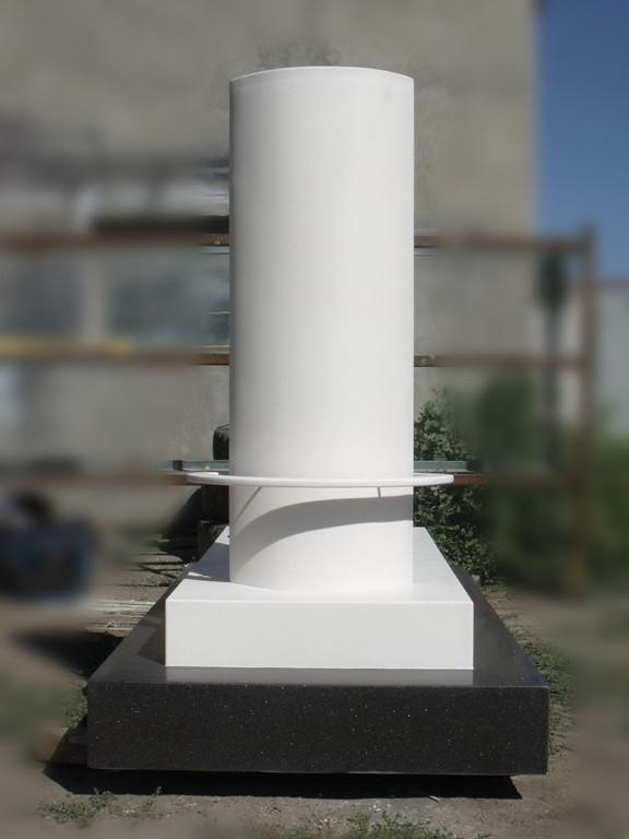 Памятник 4