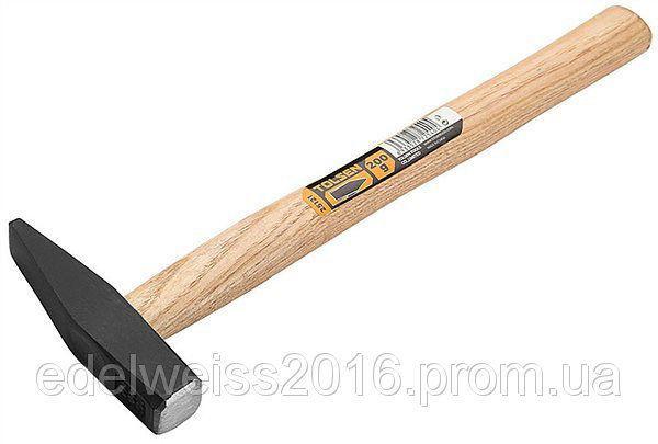 Молоток слесарный,ручка из дерева, 200g
