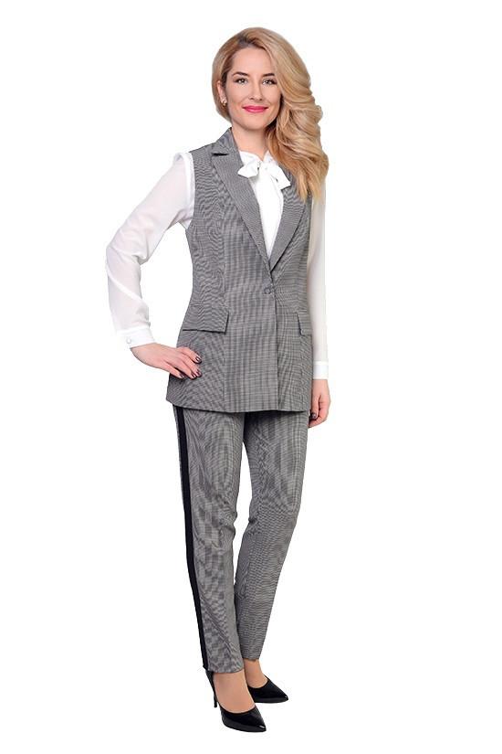 71b811a0649 Стильный женский костюм - жилет и брюки серого цвета