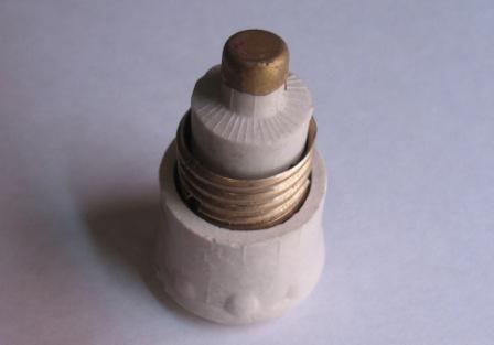 Пробка керамическая 25 А